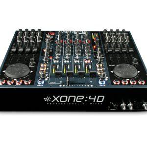 Mixer Allen & Heath Xone 4d