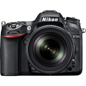 Nikon D7100 DSLR 18-105mm